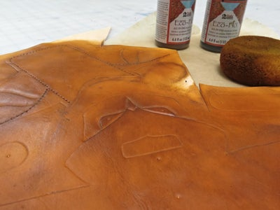 Dying the Leather