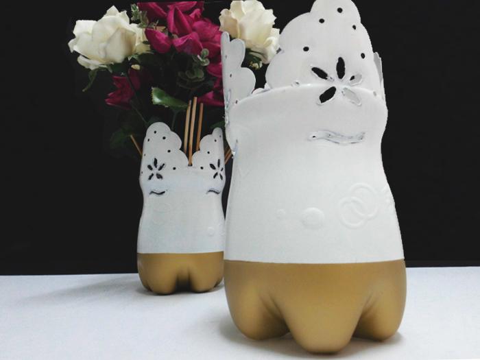 Picture of Soda Bottle Vase
