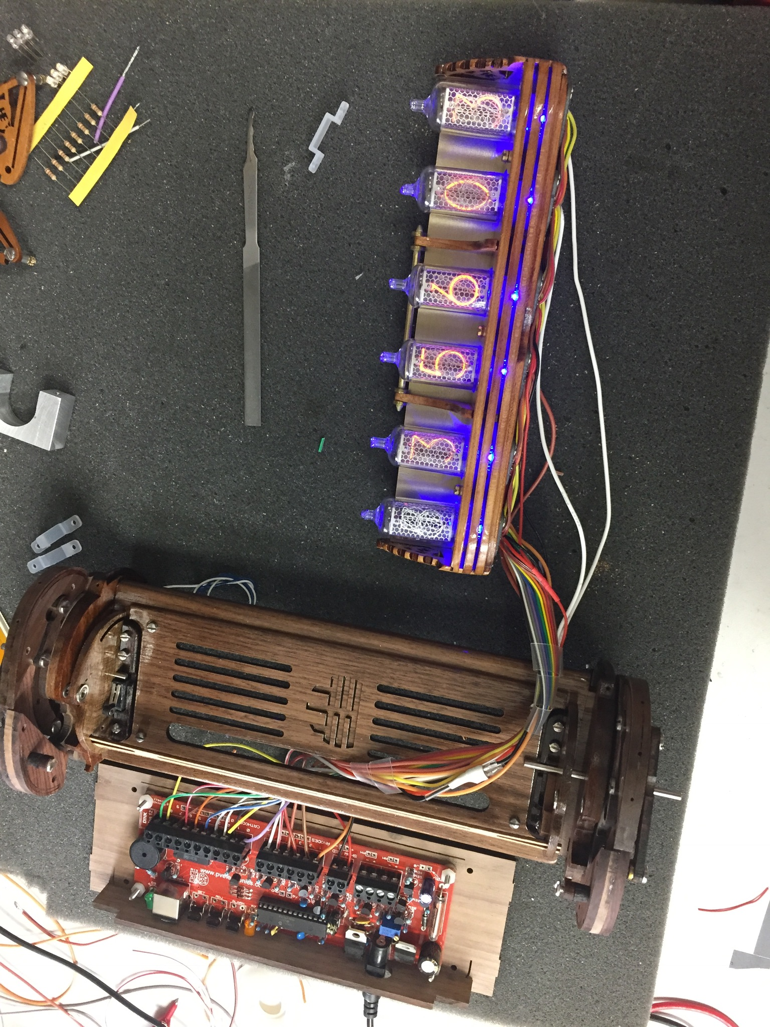 Picture of  NIXIE TUBES AND CARRIAGE