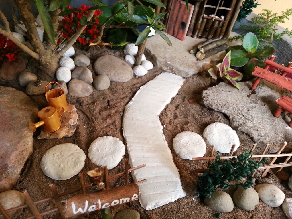 Picture of DIY Miniature Garden Accessories