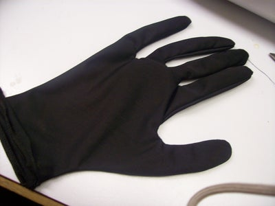 Cutting Out Your Gloves