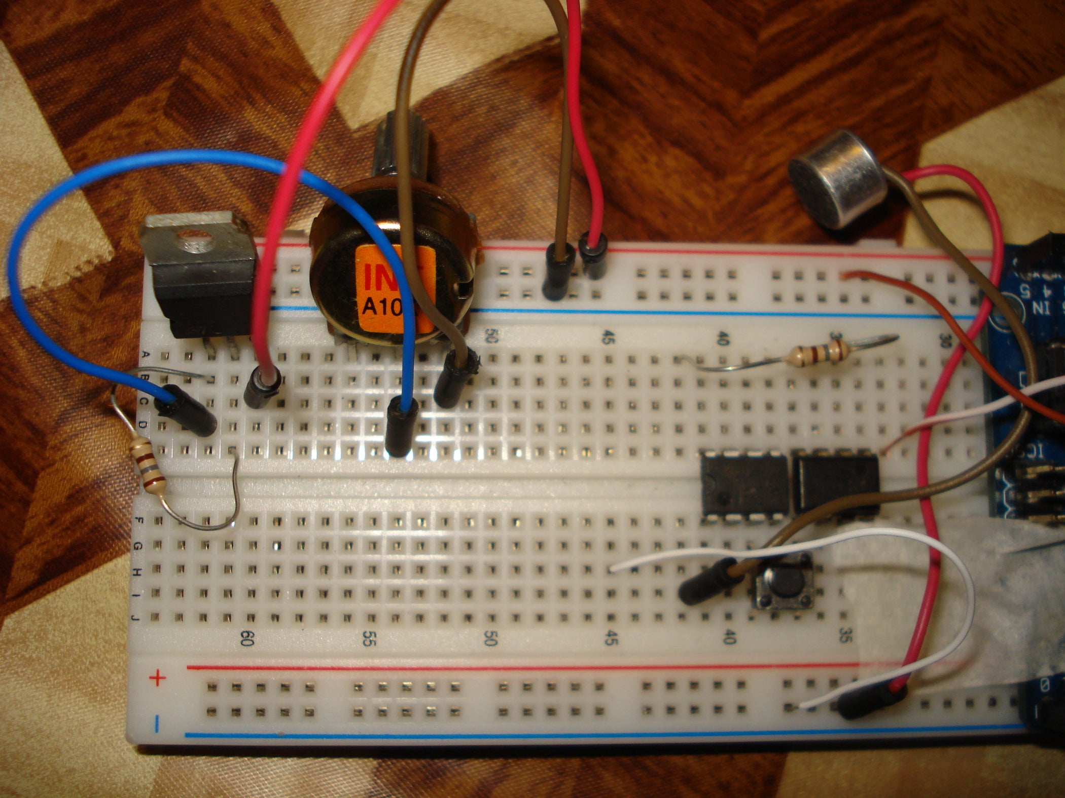 Versatile Voltage Regulator With Lm317 3 Steps Pictures In The Next Circuit Below Supplied Is Still 10v But