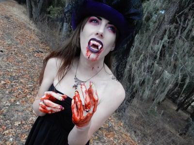 Vampire Look!