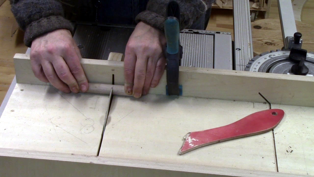 Picture of Preparing the Dowel