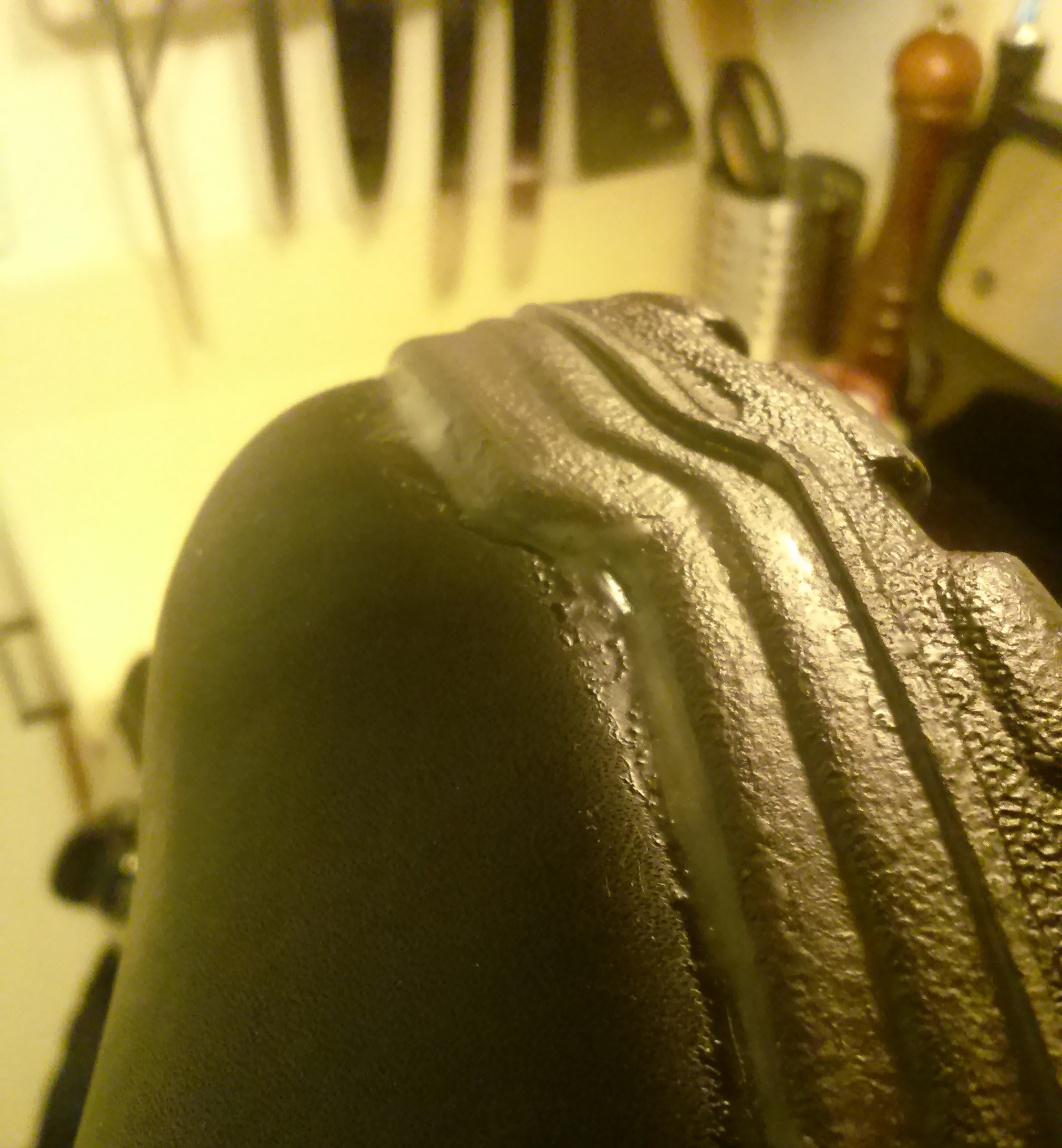 Picture of Leave Excess Wax Around the Seams