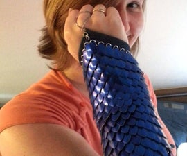 Scale mail arm bracer