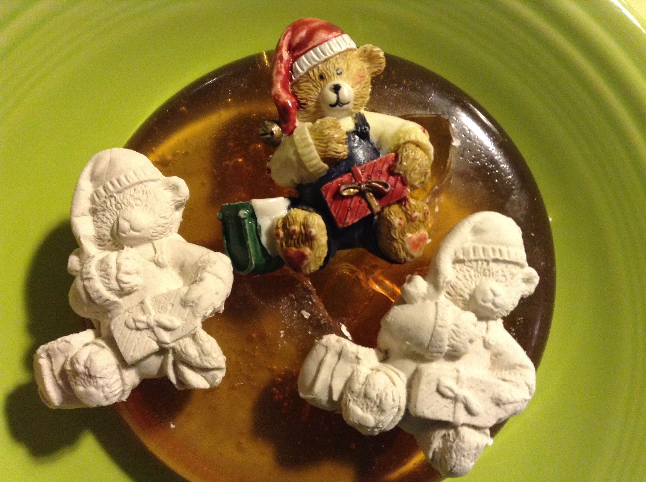 Picture of Bear Ornament Push Mold