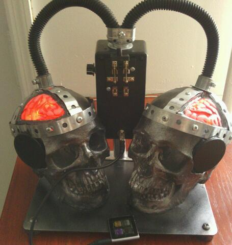 Picture of Double Electrocution Skull Speakers