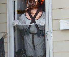 """Deep-Sea Diver"" Halloween Costume"