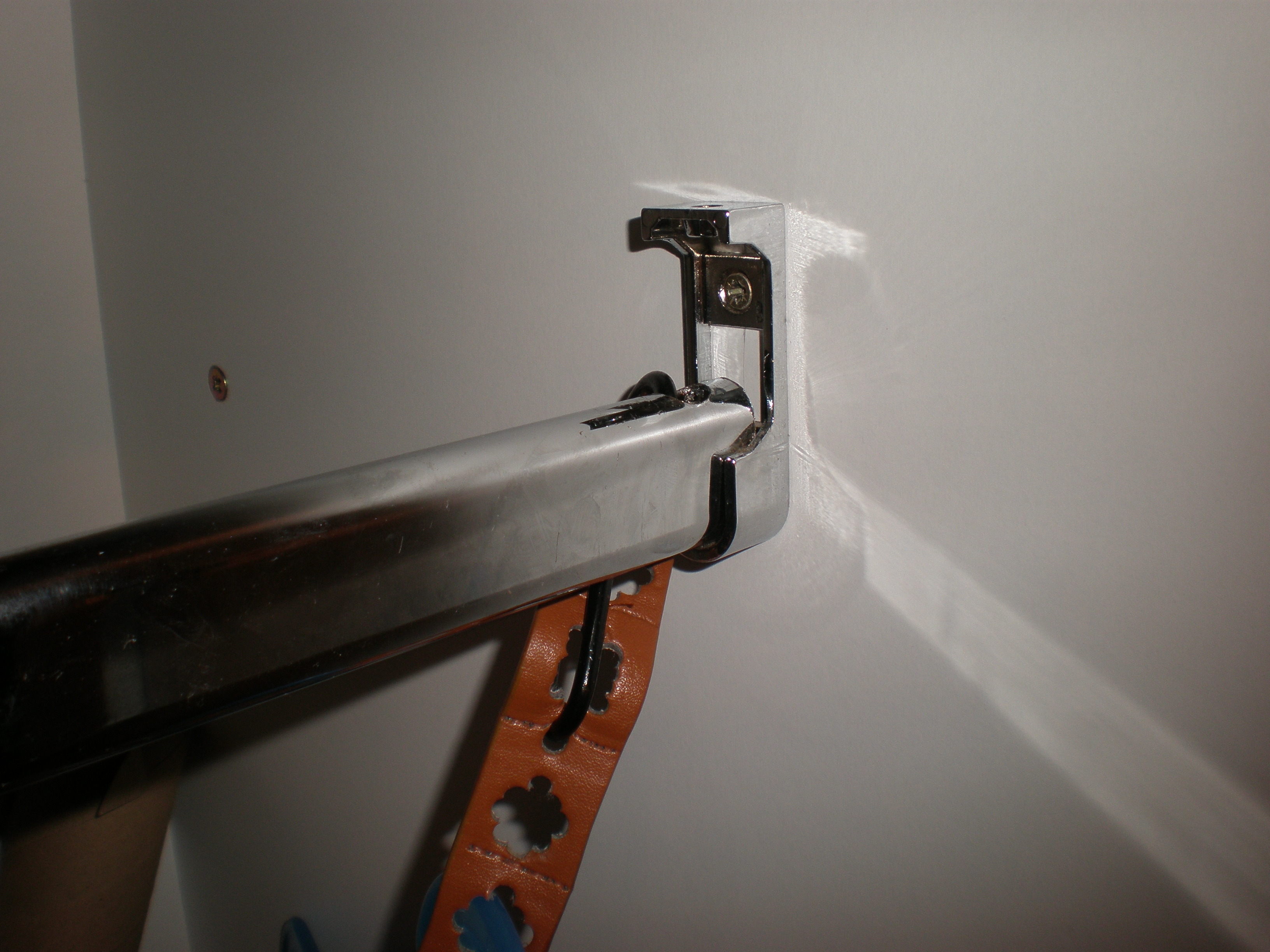 Picture of Attach the Hooks