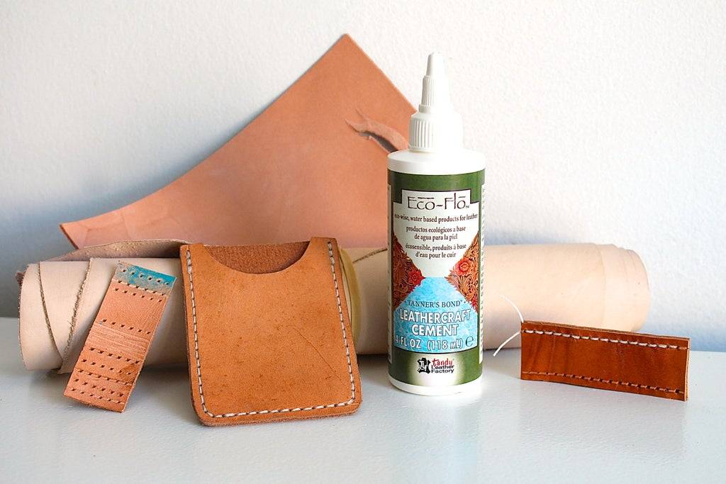 a1e7f21595407 How to Glue Leather for Sewing: 3 Steps (with Pictures)