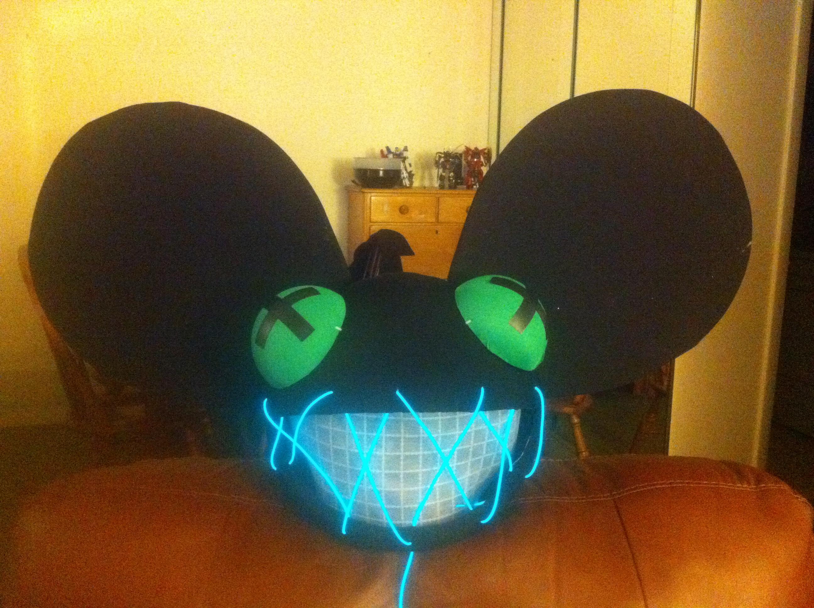 Picture of Zombie Deadmau5 Head