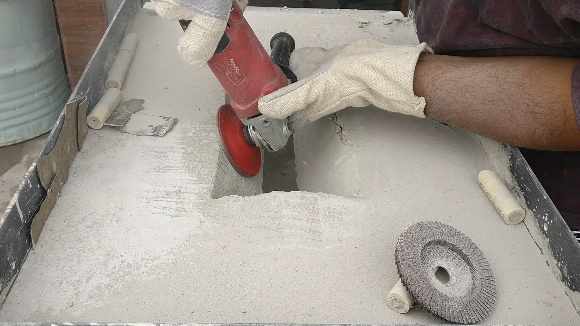 Picture of ​Laying Refractory  Cement and Finalizing:-