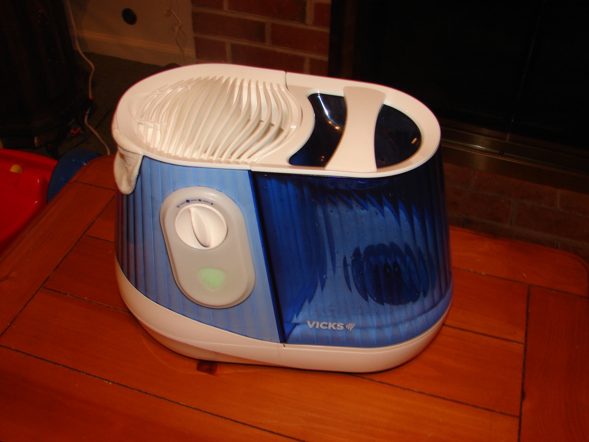 Picture of Enjoying Your Vick's Filtered Cool Mist Humidifier