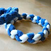 Make T-shirt Bracelets